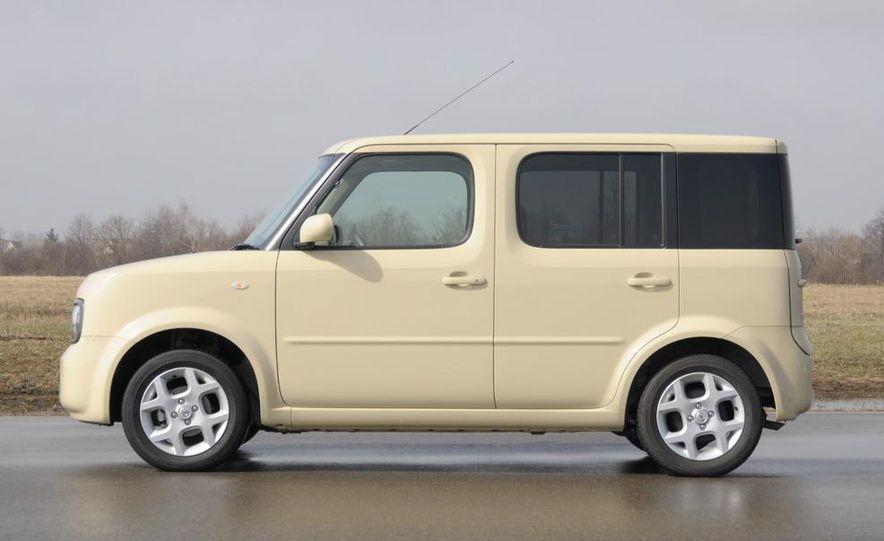 2010 Nissan EV - Slide 10