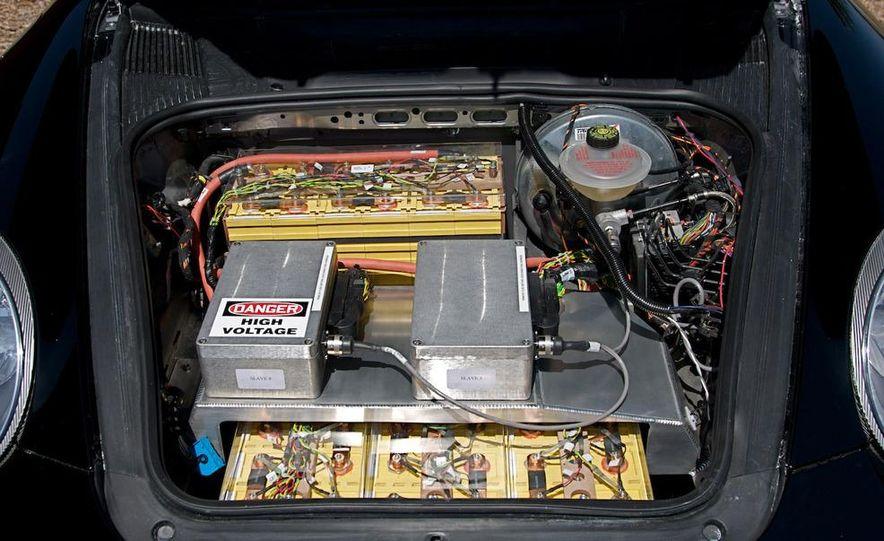 Ruf eRuf Concept Model A motor cover illustration - Slide 13