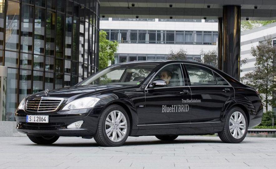 2010 Mercedes-Benz S400 BlueHybrid instrument cluster - Slide 8