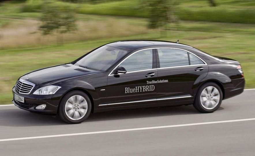 2010 Mercedes-Benz S400 BlueHybrid instrument cluster - Slide 9