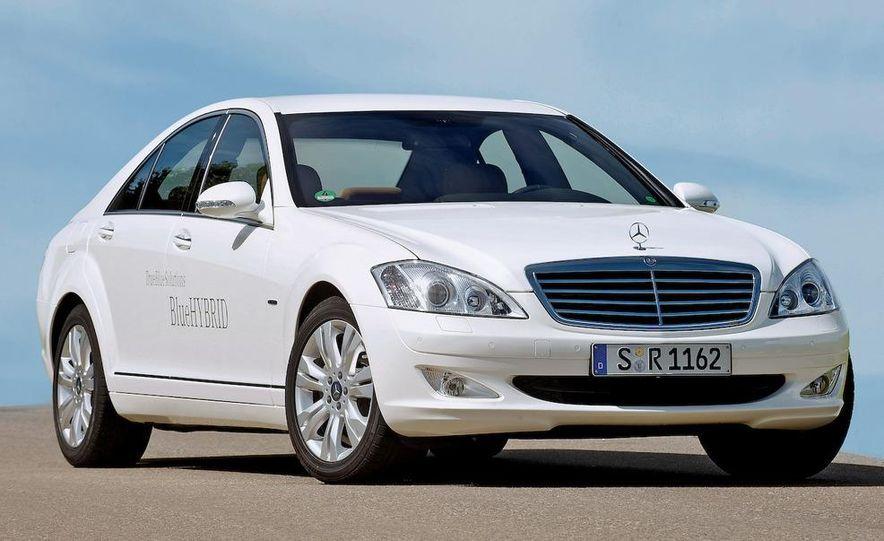 2010 Mercedes-Benz S400 BlueHybrid instrument cluster - Slide 12
