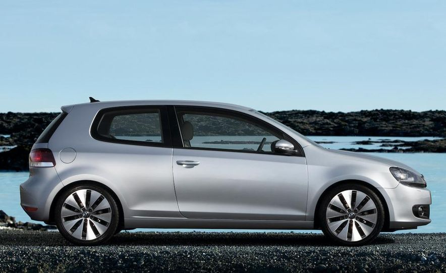 2010 Volkswagen Golf (European model) - Slide 2