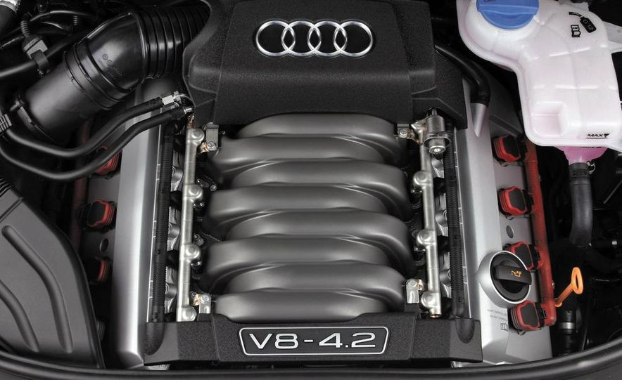 2010 Audi S4 - Slide 16