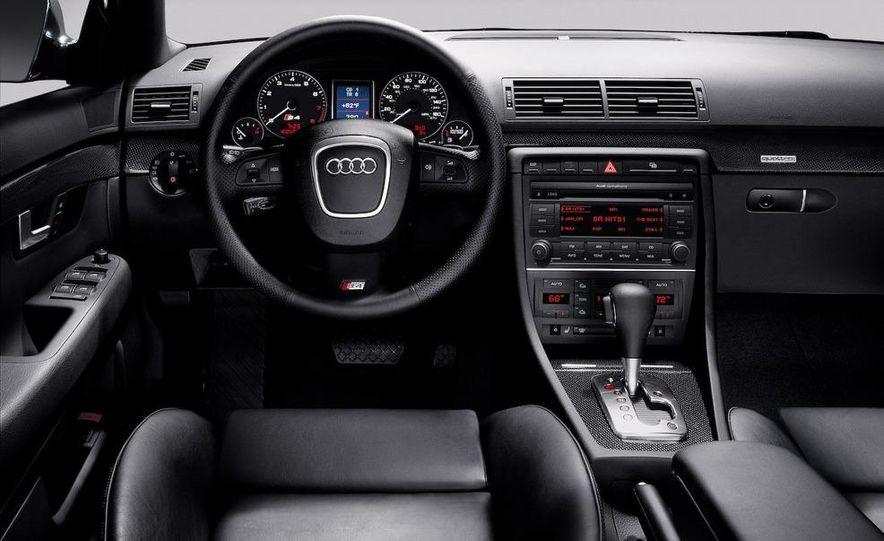 2010 Audi S4 - Slide 15