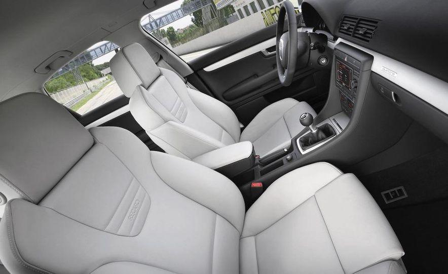 2010 Audi S4 - Slide 21