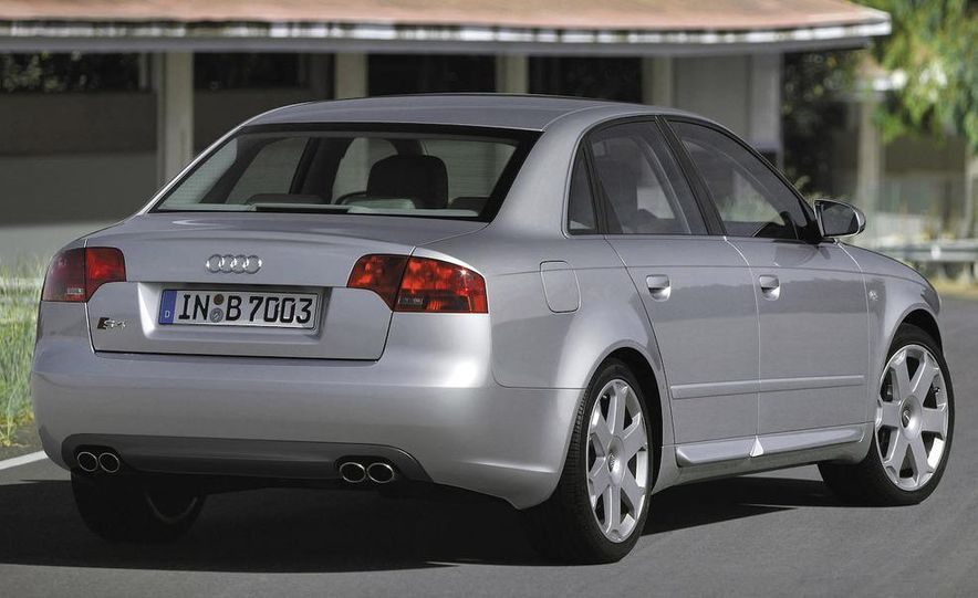 2010 Audi S4 - Slide 19