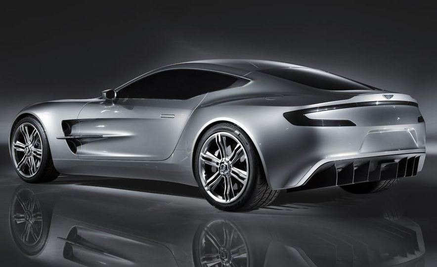Aston Martin One-77 - Slide 3