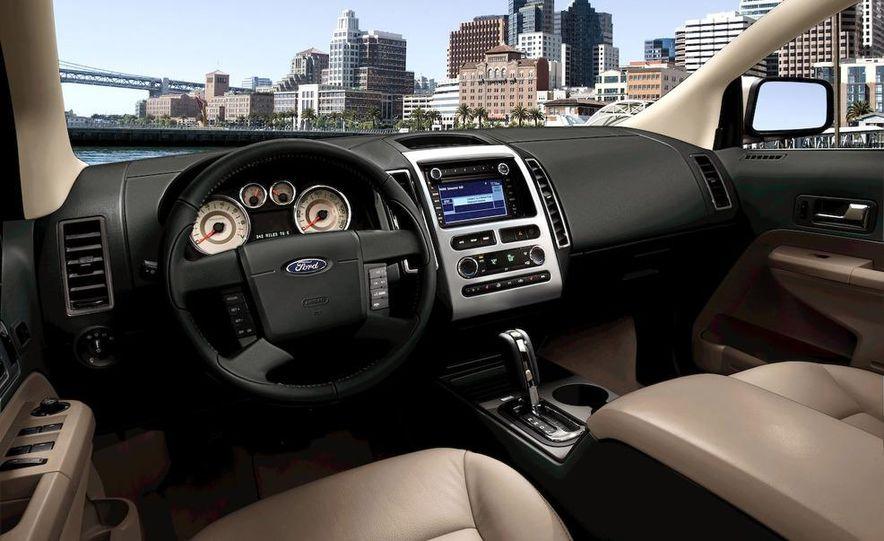 2009 Ford Edge Sport - Slide 12