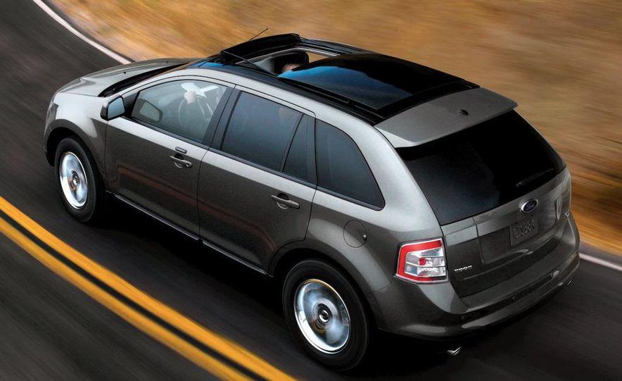 2009 Ford Edge Sport - Slide 16