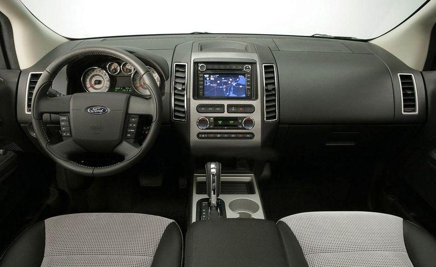 2009 Ford Edge Sport - Slide 5