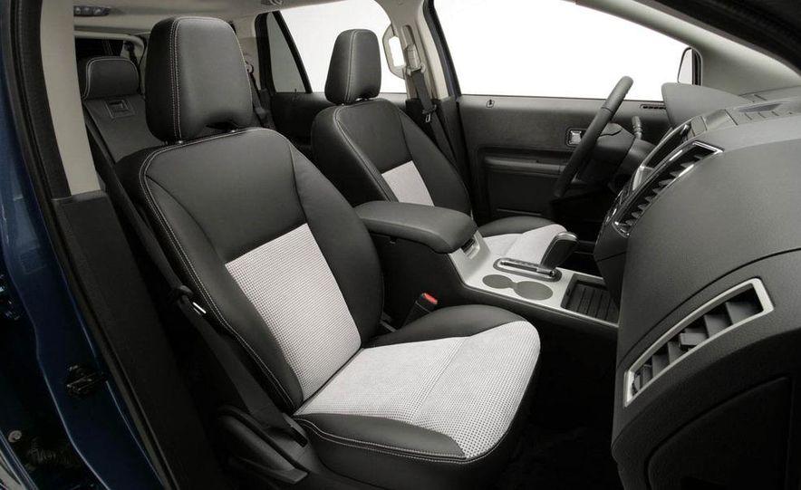2009 Ford Edge Sport - Slide 6