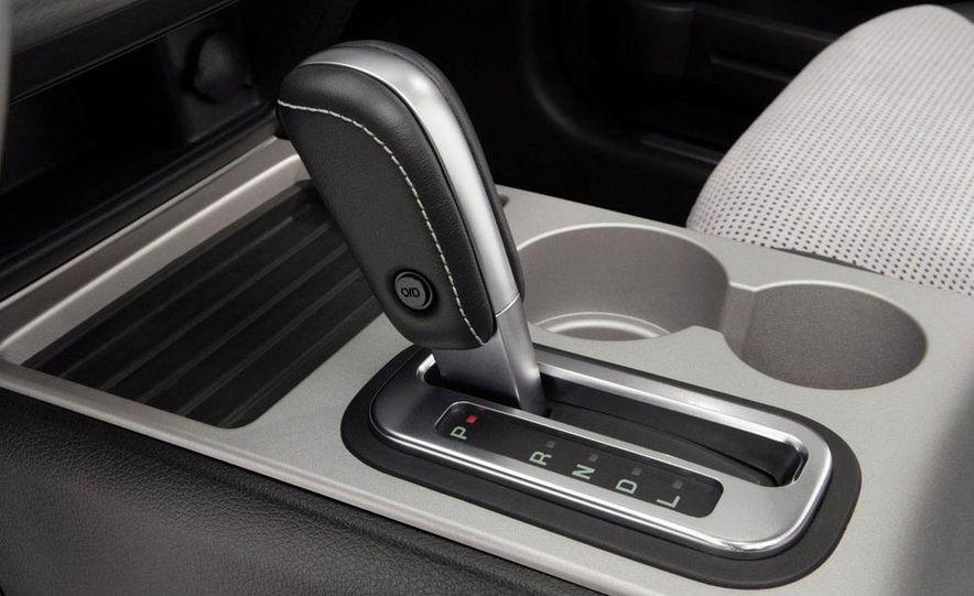 2009 Ford Edge Sport - Slide 7