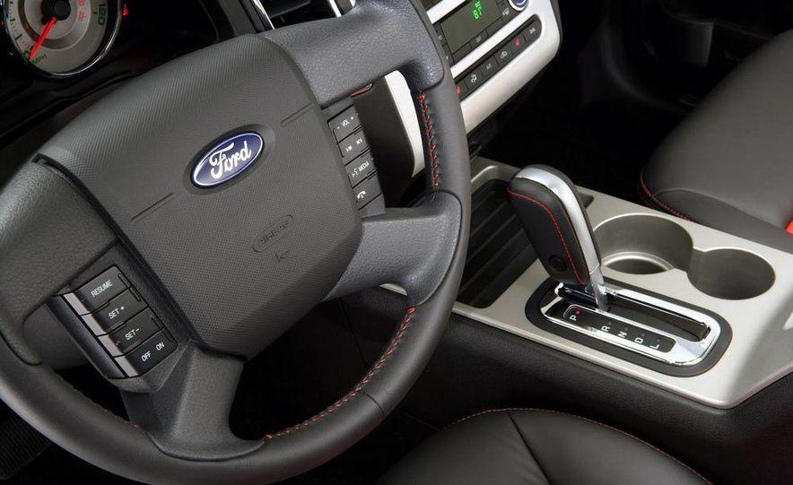 2009 Ford Edge Sport - Slide 40