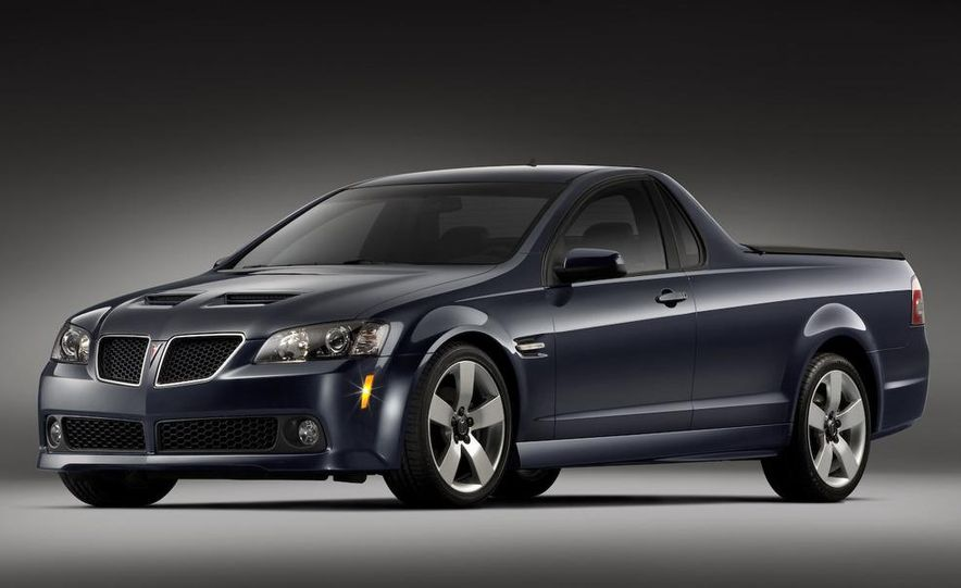 Pontiac G8 ST concept - Slide 17