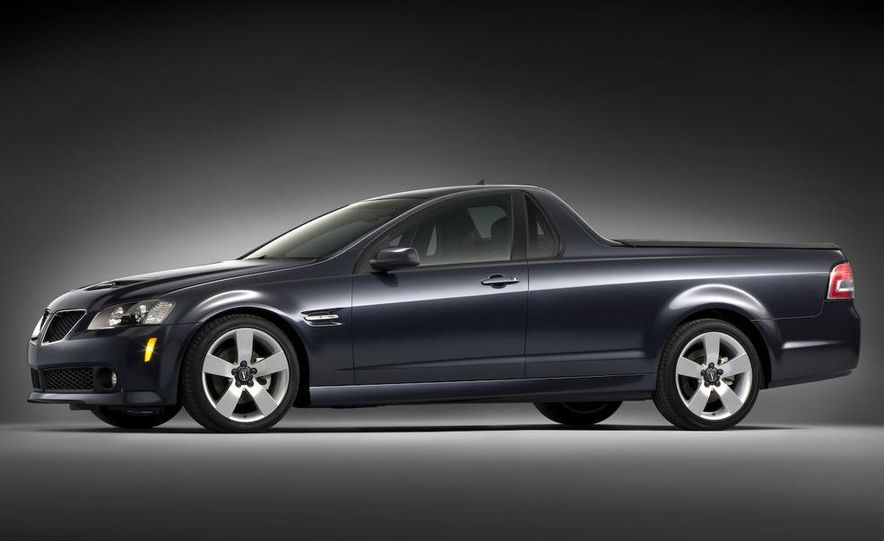Pontiac G8 ST concept - Slide 18