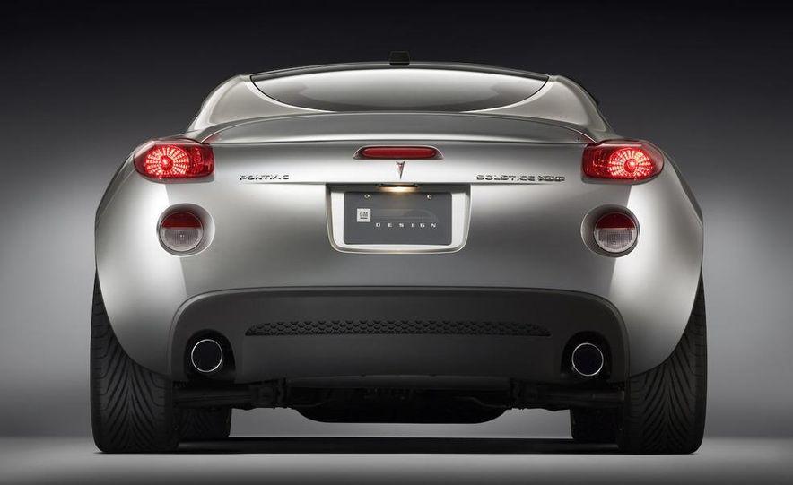 Pontiac G8 ST concept - Slide 11