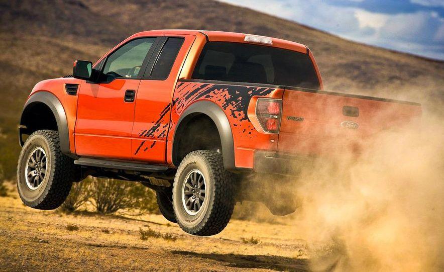2010 Ford F-150 SVT Raptor - Slide 22