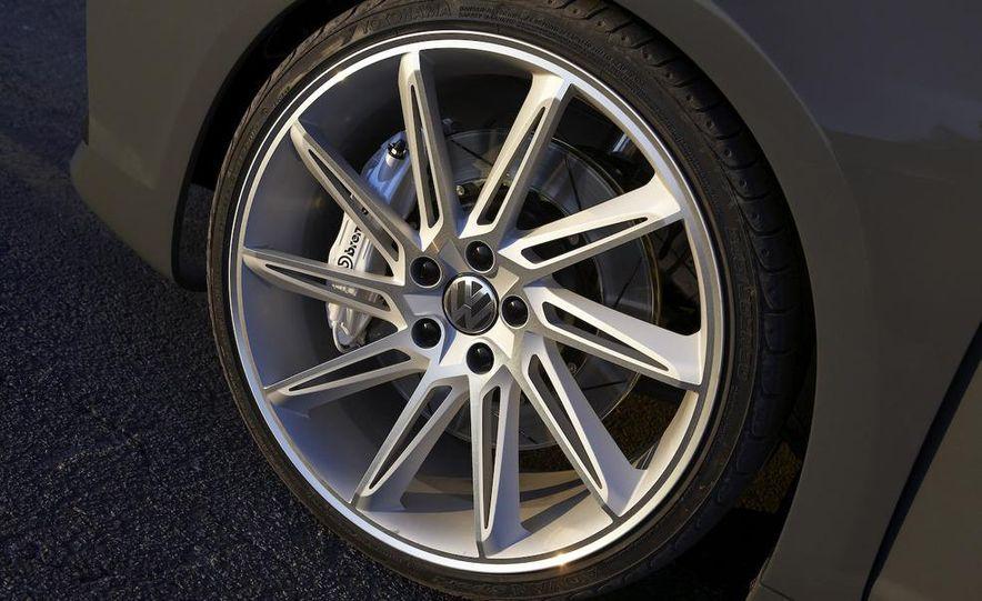 Volkswagen Performance CC concept - Slide 10
