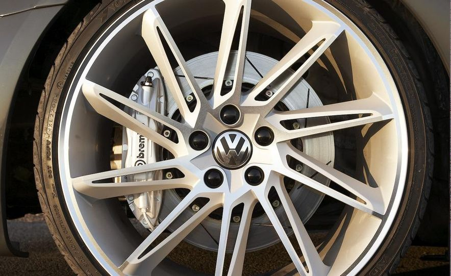 Volkswagen Performance CC concept - Slide 11
