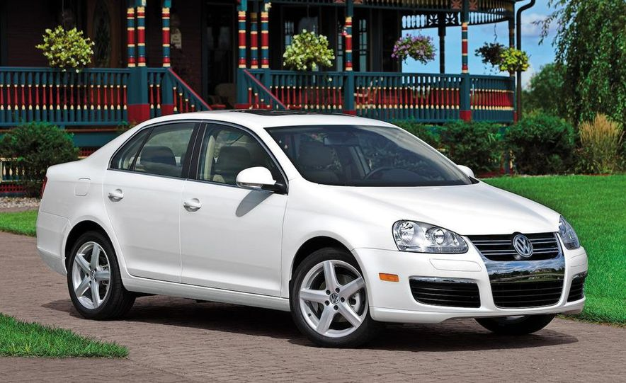 Volkswagen Jetta TDI Cup Street Edition - Slide 12