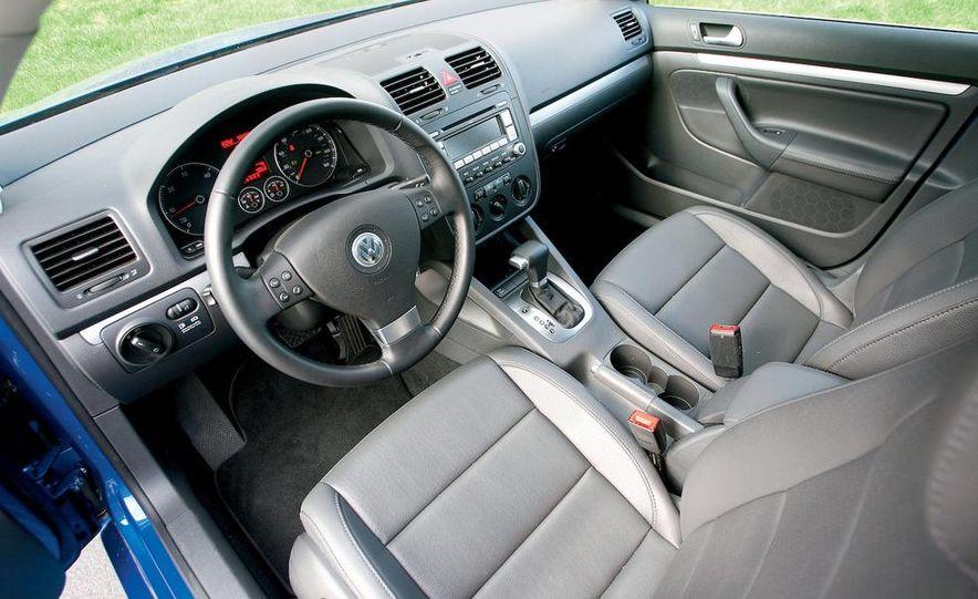 Volkswagen Jetta TDI Cup Street Edition - Slide 9