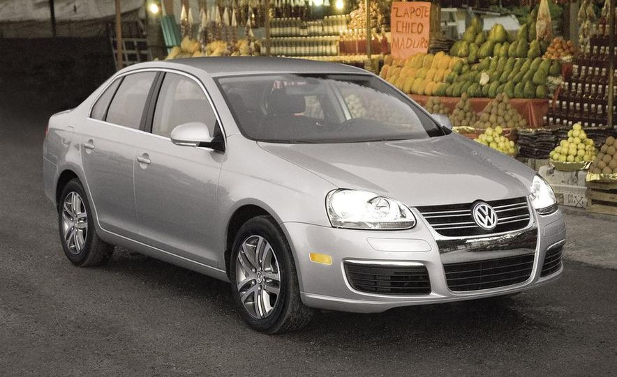 Volkswagen Jetta TDI Cup Street Edition - Slide 5