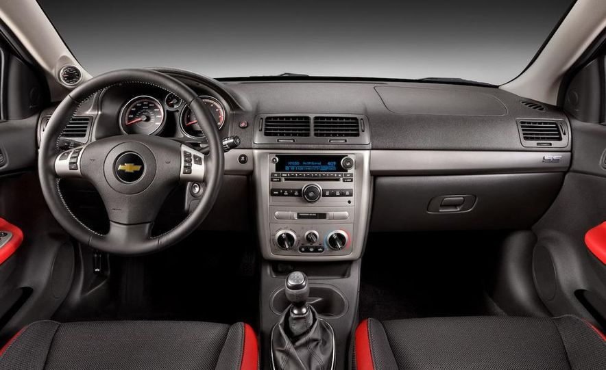 2009 Chevrolet Cobalt SS coupe - Slide 15