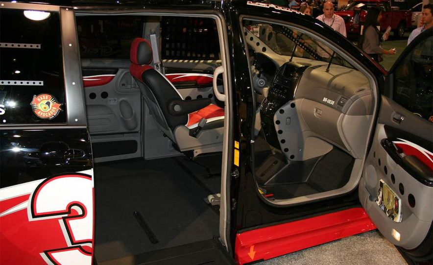 WWHPD Trophy: Chevrolet SSR Dragn - Slide 4