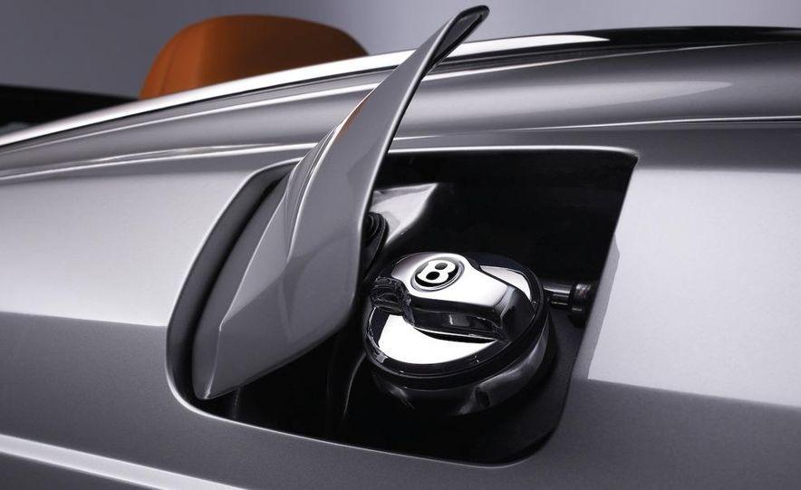 2010 Bentley Azure T - Slide 3