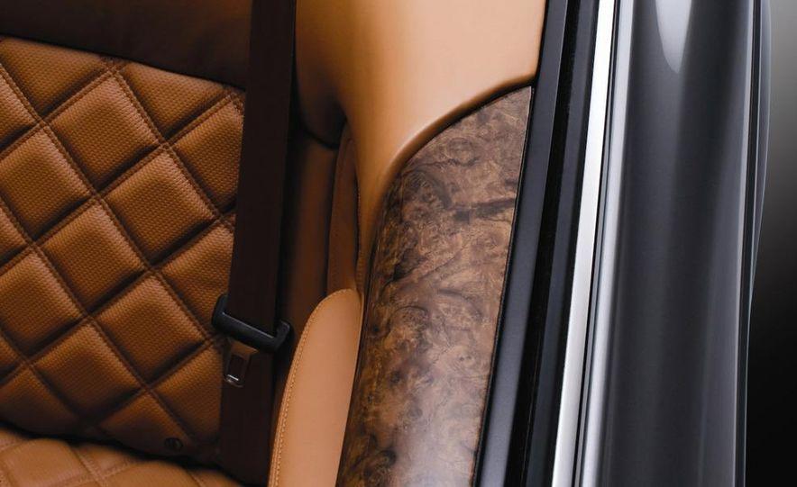 2010 Bentley Azure T - Slide 10