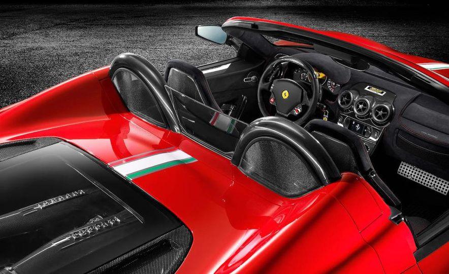2009 Ferrari 430 Scuderia Spider 16M - Slide 4