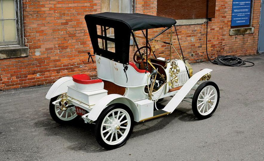 Built in 1904, Detroit's Piquette Avenue plant was the birthplace of the Model T. The building is now a museum, called the Model T-Plex, dedicated to the T as well as other early cars. - Slide 4