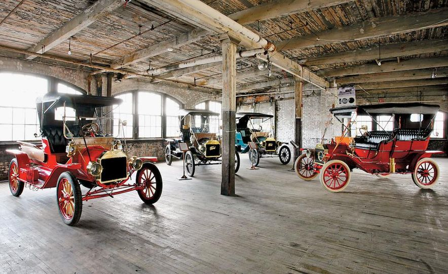 Built in 1904, Detroit's Piquette Avenue plant was the birthplace of the Model T. The building is now a museum, called the Model T-Plex, dedicated to the T as well as other early cars. - Slide 1
