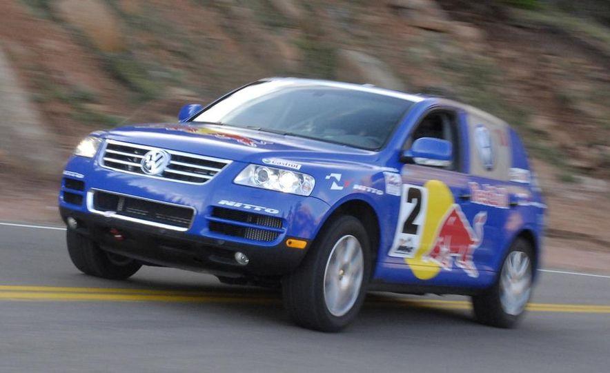 2008 Volkswagen Touareg V-10 TDI interior - Slide 11