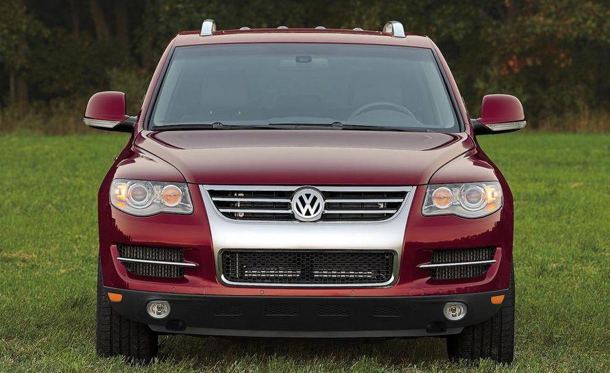 2008 Volkswagen Touareg V-10 TDI interior - Slide 7