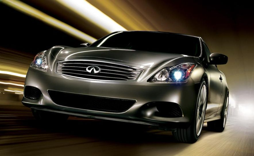 2009 Infiniti G37 convertible and coupe - Slide 18