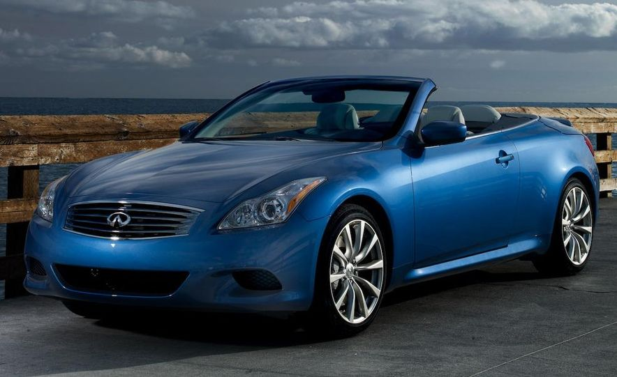 2009 Infiniti G37 convertible and coupe - Slide 9