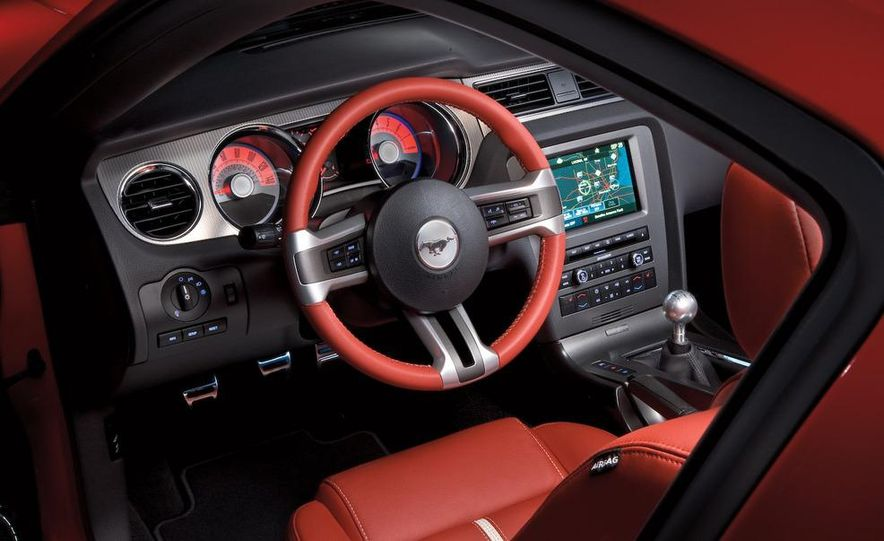 2010 Ford Mustang GT convertible - Slide 57
