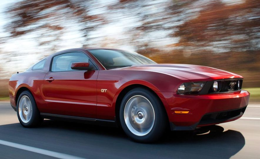 2010 Ford Mustang GT convertible - Slide 30