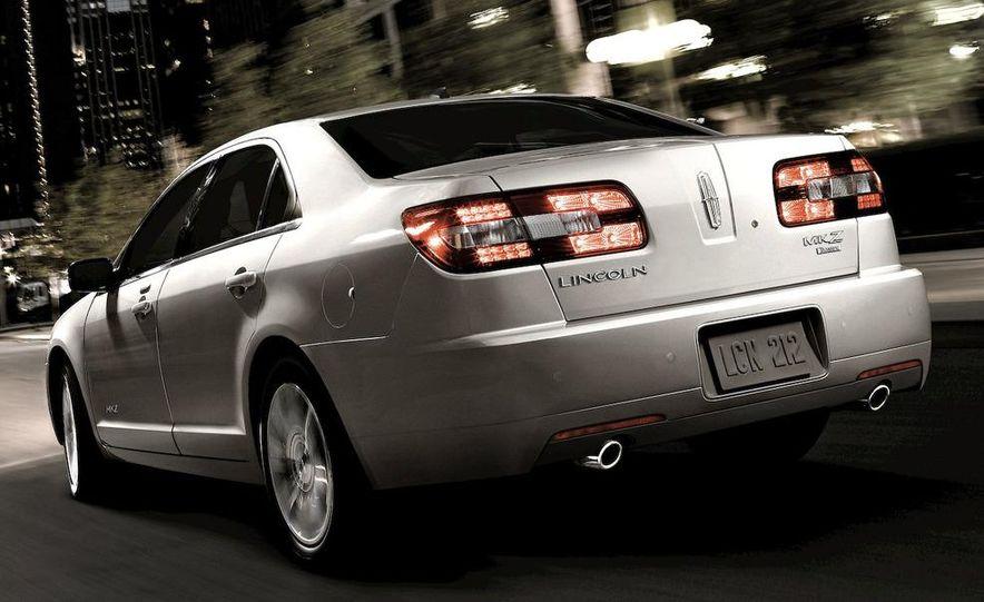 2010 Lincoln MKZ - Slide 26