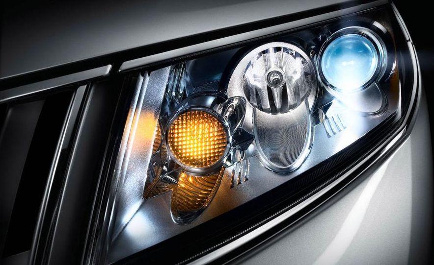 2010 Lincoln MKZ - Slide 54