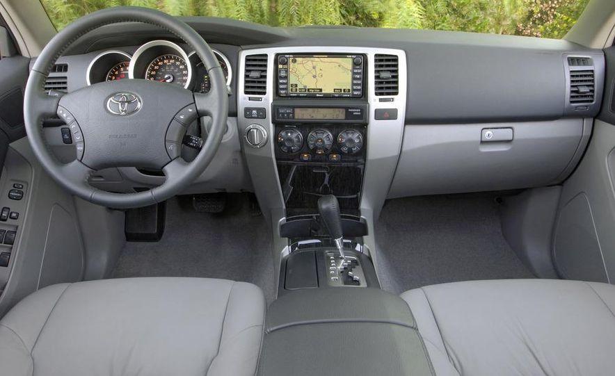2009 Toyota 4Runner Limited - Slide 5