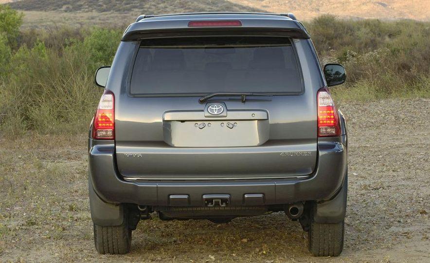 2009 Toyota 4Runner Limited - Slide 4