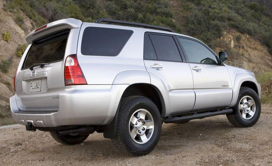 2009 Toyota 4Runner Limited - Slide 3