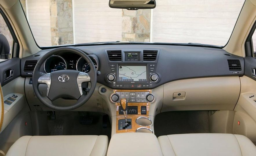 2009 Toyota 4Runner Limited - Slide 14