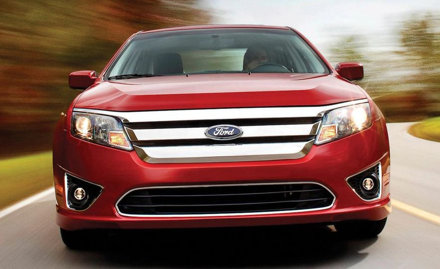 2010 Ford Fusion Sport - Slide 6