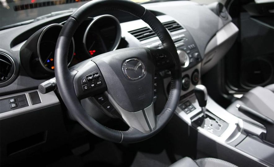 2010 Mazda 3 Grand Touring - Slide 28