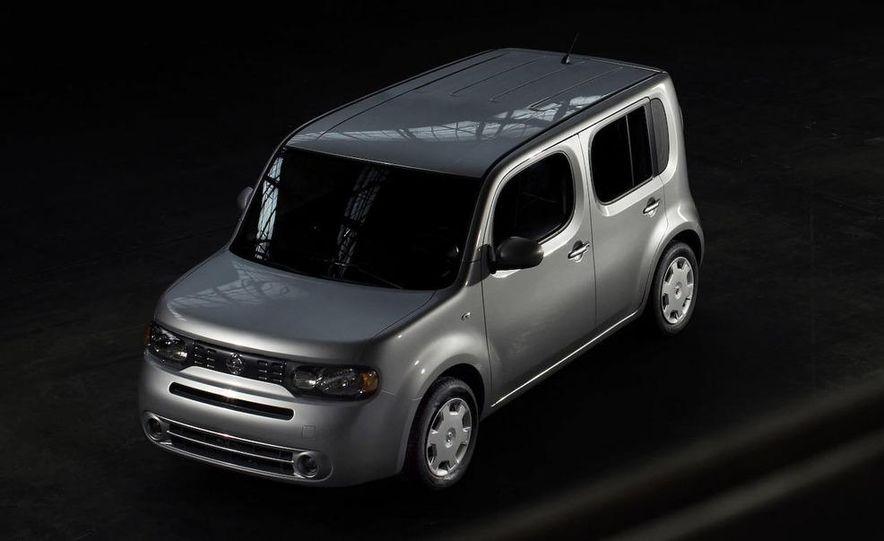 2010 Nissan Cube - Slide 25