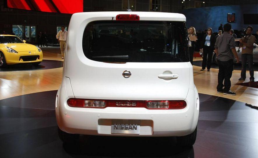 2010 Nissan Cube - Slide 31