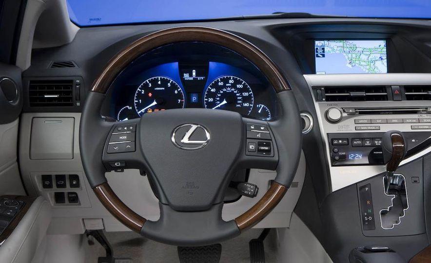 2010 Lexus RX350 - Slide 7
